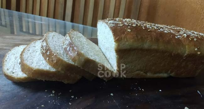 How to make Wholewheat Atta Bread at home